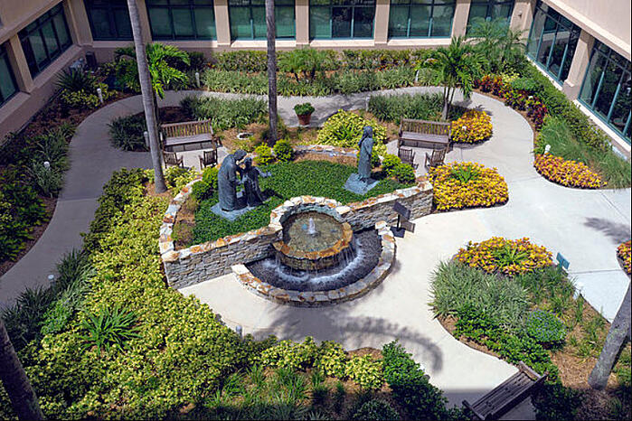 healthcare design trends - healing gardens